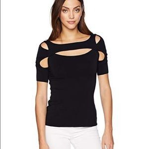 Bailey 44 • cut out top